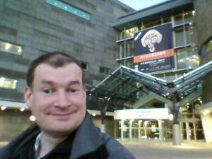 Me outside the Te Papa Museum
